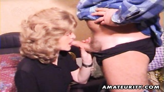 Free Porn - A Feeble Inexperienced Housewife Gives A Full Blowjob With Cumshot In Her Mouth Stupid! Homemade Har