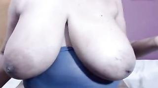 Mega Sagging Boobies On BBW Ragged Mummy