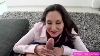 Sexy Brunette MILF Ava Adams Gives Xanders Cock A Nice Blowjob